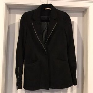 DKNY | Black blazer never worn size 8